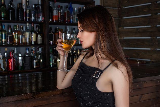 como-el-consumo-de-alcohol-afecta-a-tu-piel-y-tu-cuerpo